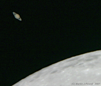 A close approach of the Moon to the planet Saturn on March 2nd 2007 (Photo: Copyright Martin J. Powell 2007)