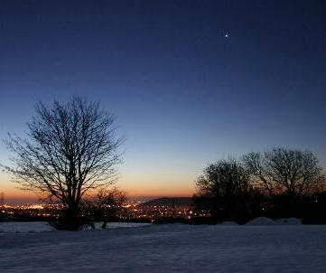 Venus, the 'Morning Star' pictured in the dawn sky during the Northern hemisphere winter of 2010 (Photo: Copyright Martin J Powell, 2010)